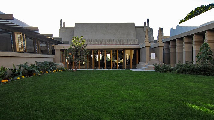 Inner courtyard of Hollyhock House